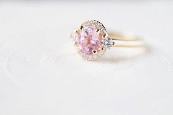 peach sapphire ring rose gold