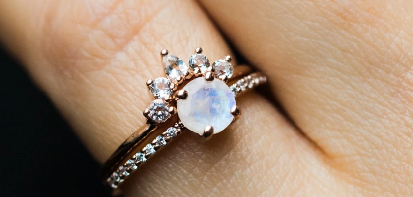 Moonstone rose gold ring