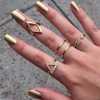 womens rings fingers